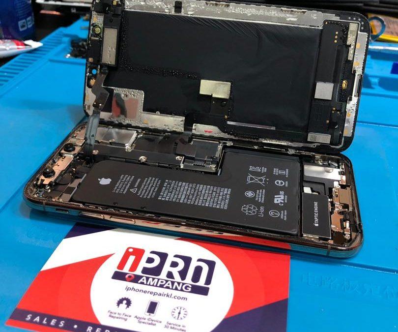 iPhone Xs Water Damage Repair At iPro Ampang