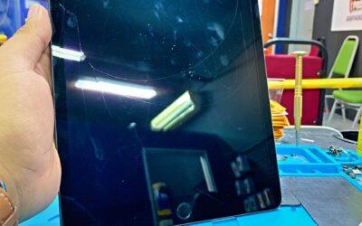 Repair iPad 7 Screen Crack In iPro Ampang